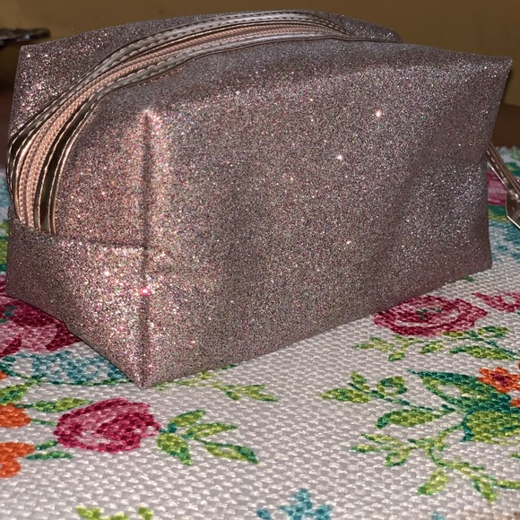 Ulta Beauty Handbags - Ulta Beauty makeup bag